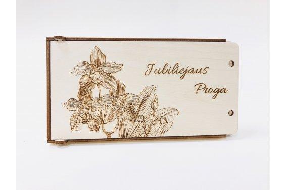 Medinis dovanų vokelis - jubiliejaus proga (orchidėjos)