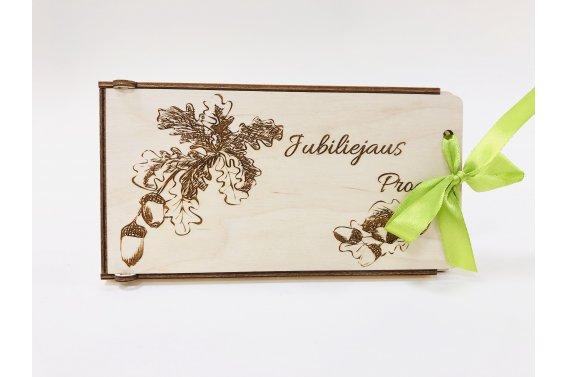 Medinis dovanų vokelis - jubiliejaus proga (ąžuolo labai)